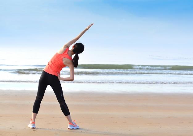 Mulher praticando atividade física