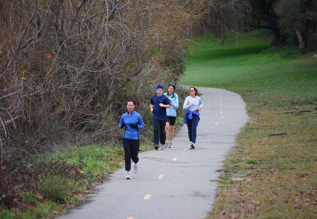 Conheça os benefícios de praticar exercícios ao ar livre