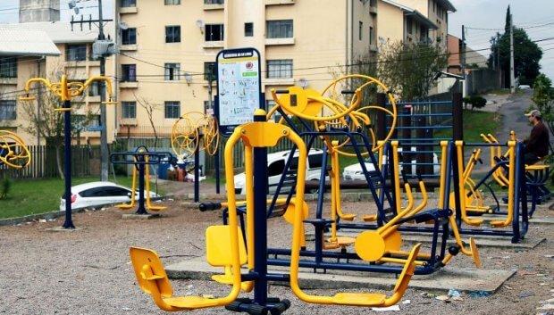 Os Beneficios da Atividade Física Regular e a Importância da Academia ao Ar Livre