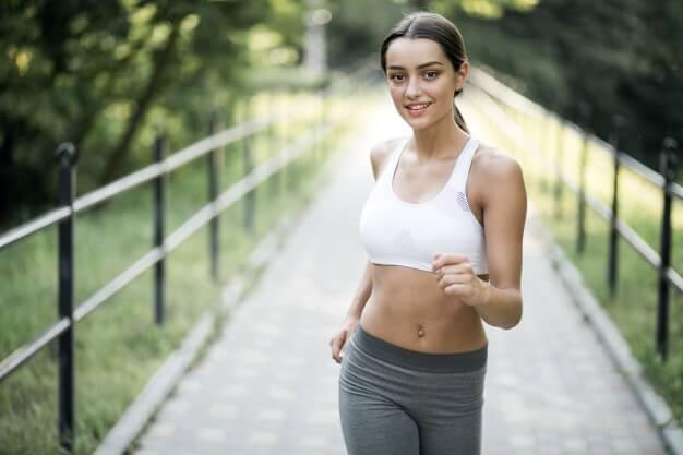Simulador de caminhada: quais são os benefícios para a saúde?