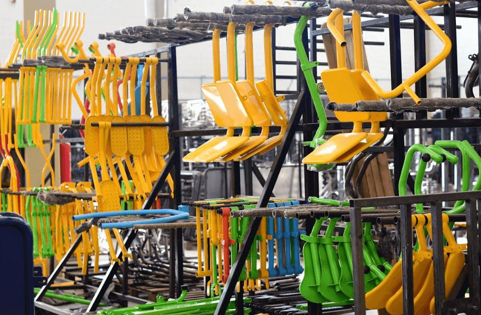barração de equipamentos de academia ao ar livre
