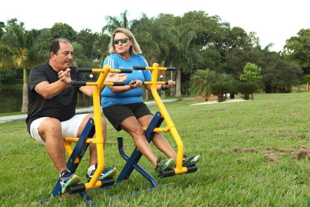 Por que aparelhos de ginástica ao ar livre podem revitalizar seu bairro? 5